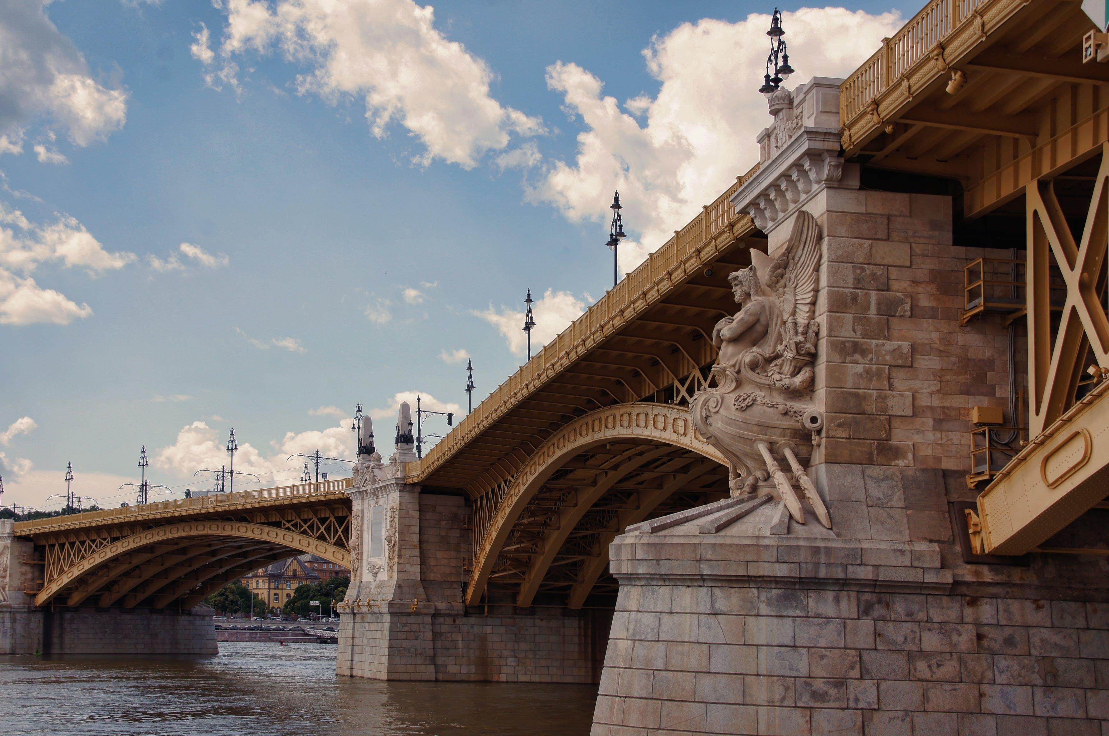 Kostnadsfri bild av arkitektur, bro, landmärke, vatten
