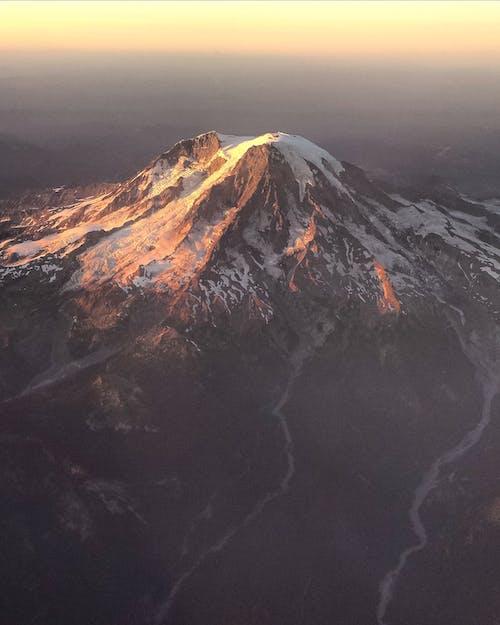 Gratis arkivbilde med daggry, fjell, fjell bakgrunnsbilde