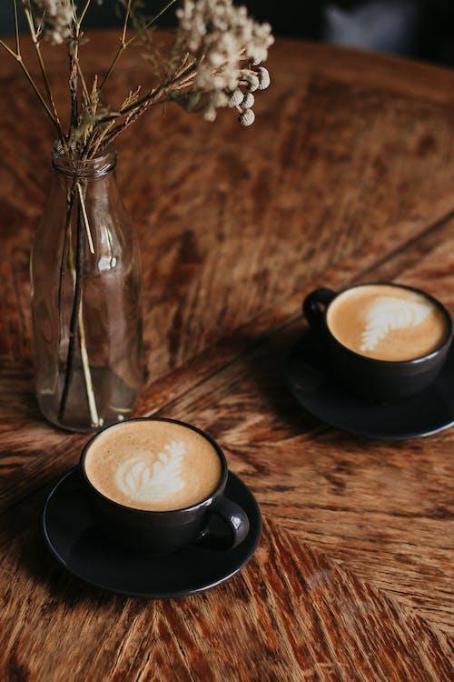 Безкоштовне стокове фото на тему «Кава, капучино, кафе, кофеїн»