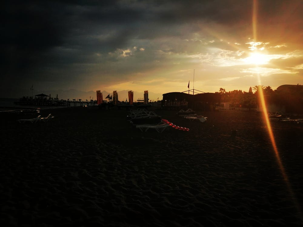 dia brillant, sol de vespre, Sol ponent