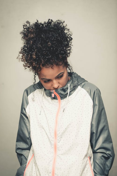 Základová fotografie zdarma na téma afro dívka, afro vlasy, holka, modelo
