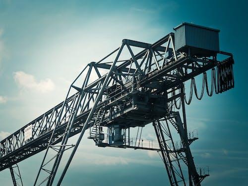 Безкоштовне стокове фото на тему «будівництво, великий, високий, вода»