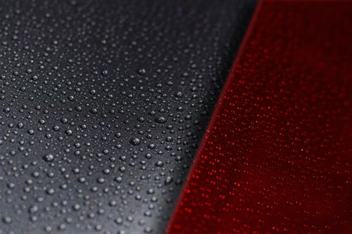 Darmowe zdjęcie z galerii z ciekły, czerwony, krople deszczu, krople wody