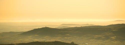 dağlar, doğa, gün batımı, gün doğumu içeren Ücretsiz stok fotoğraf
