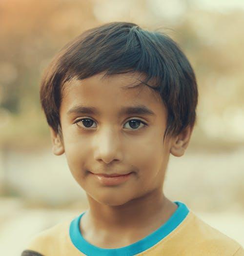 Безкоштовне стокове фото на тему «Азіатський хлопчик, діти abc, діти моди, діти одягаються»