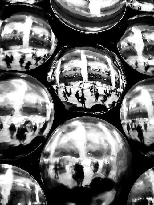 Gratis stockfoto met bnw, lichtreflecties, reflectie, zwart en wit