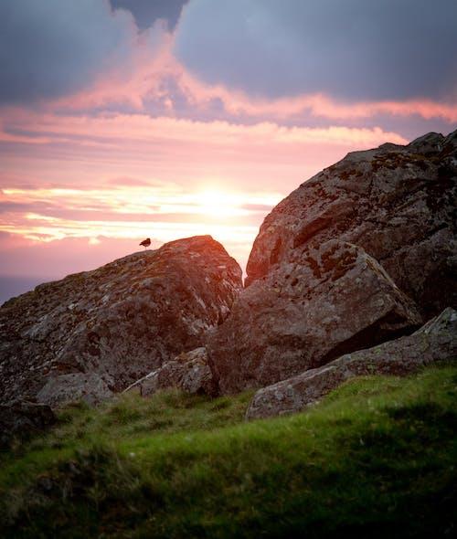 Безкоштовне стокове фото на тему «валуни, драматичний, ефектний, Захід сонця»