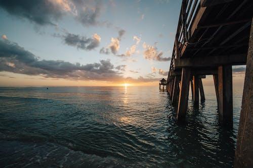 Ảnh lưu trữ miễn phí về ánh sáng, bầu trời, bến tàu, biển