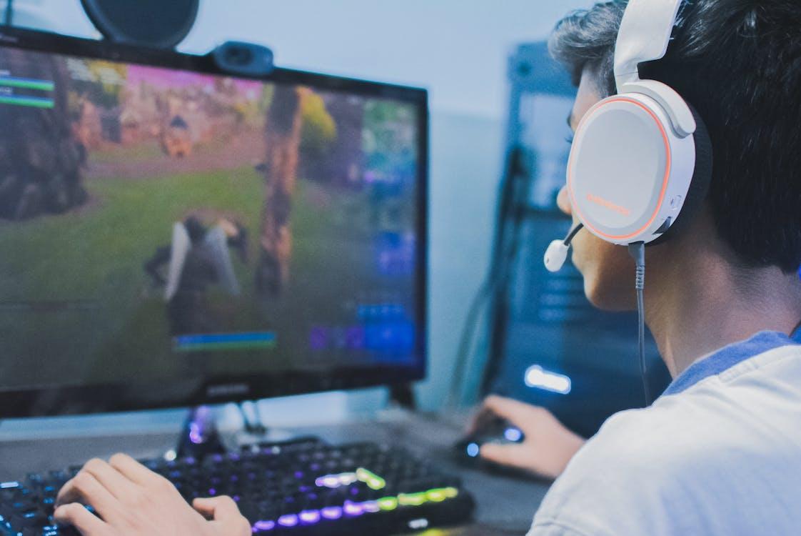 Free stock photo of fortnite, gamer, gaming
