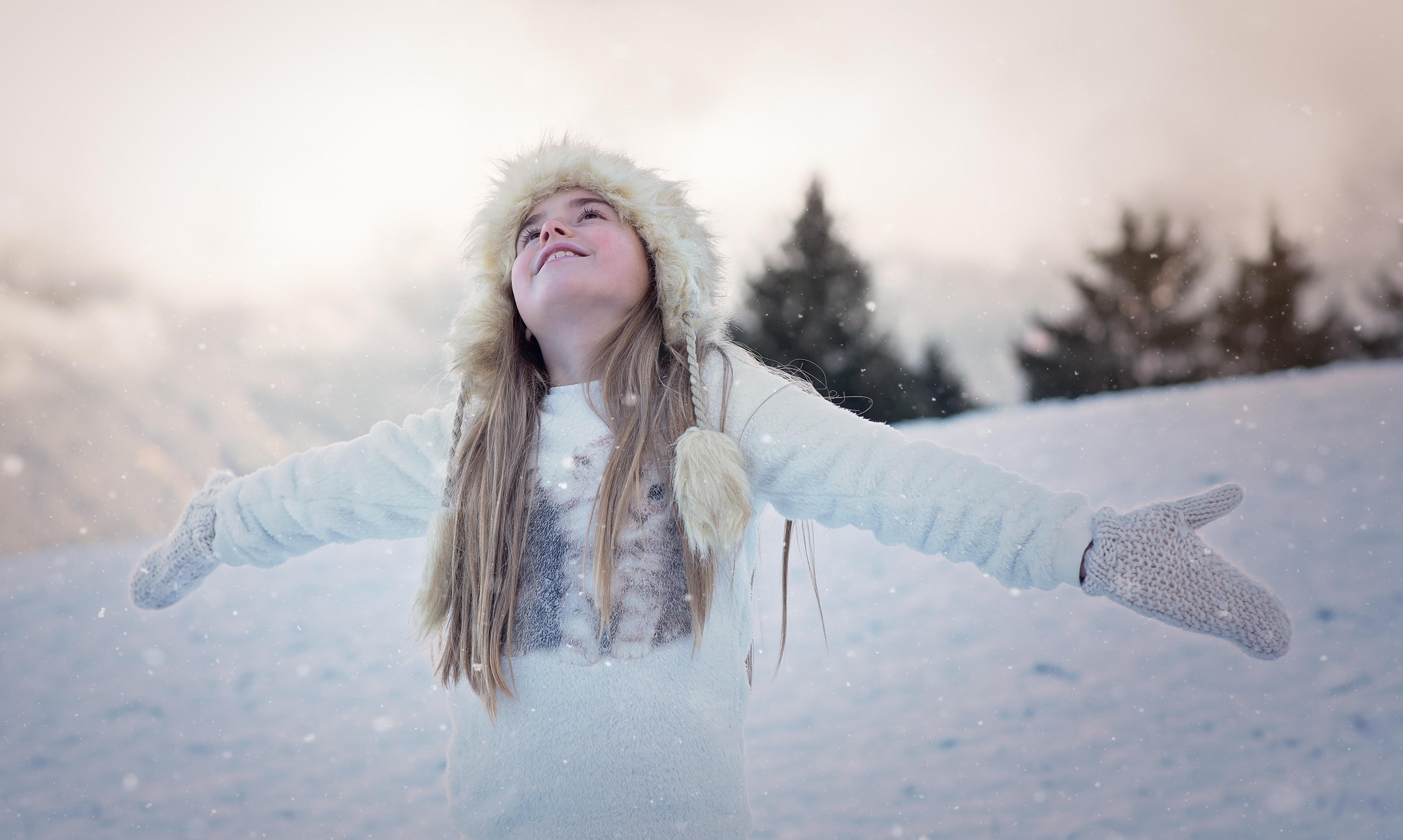 b3ebcda415 Young Woman in Snow · Free Stock Photo