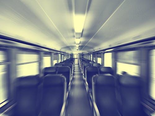 交通系統, 室內, 小島, 座位 的 免費圖庫相片