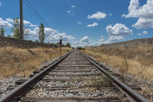 Foto profissional grátis de cascalho, desocupado, estrada de ferro, esvaziar