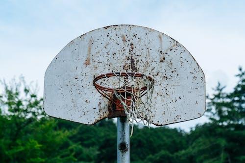 Fotos de stock gratuitas de alto, anillo de baloncesto, Aro de baloncesto, oxidado