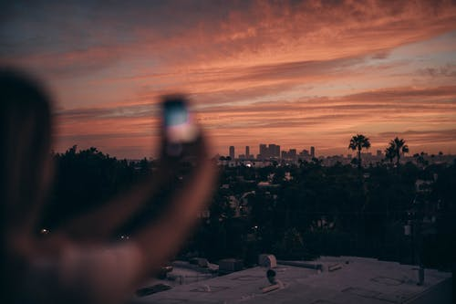 Δωρεάν στοκ φωτογραφιών με gadget, ανθρώπινος, άνθρωπος, αυγή