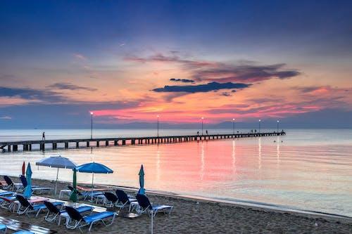 Foto d'estoc gratuïta de a l'aire lliure, aigua, alba, Costa