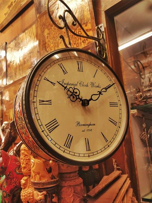 Ilmainen kuvapankkikuva tunnisteilla aika, kello, taide
