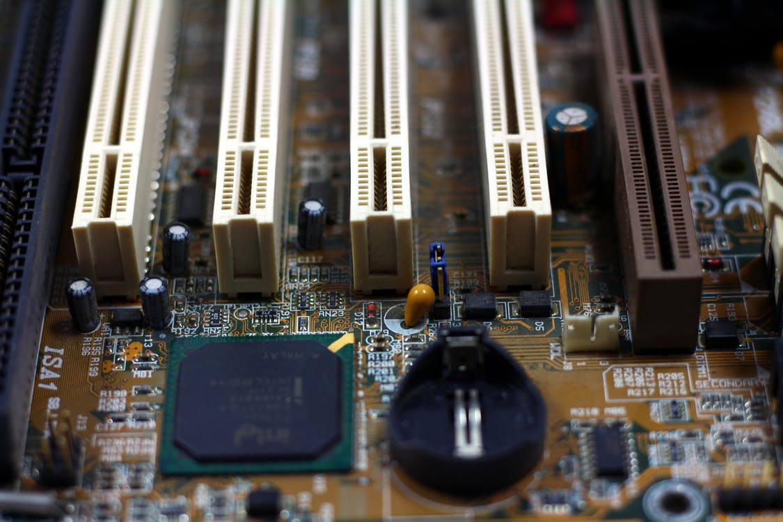 ram插槽, 中央處理器, 主機板