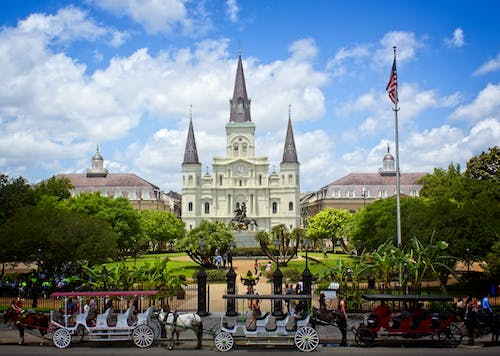 Free stock photo of #cathedral #horseandcart #frenchquarter