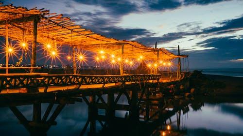 Gratis lagerfoto af aften, arkitektur, belyst, bro