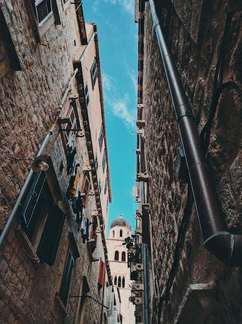 Foto d'estoc gratuïta de a l'aire lliure, arquitectura, dia, disseny arquitectònic