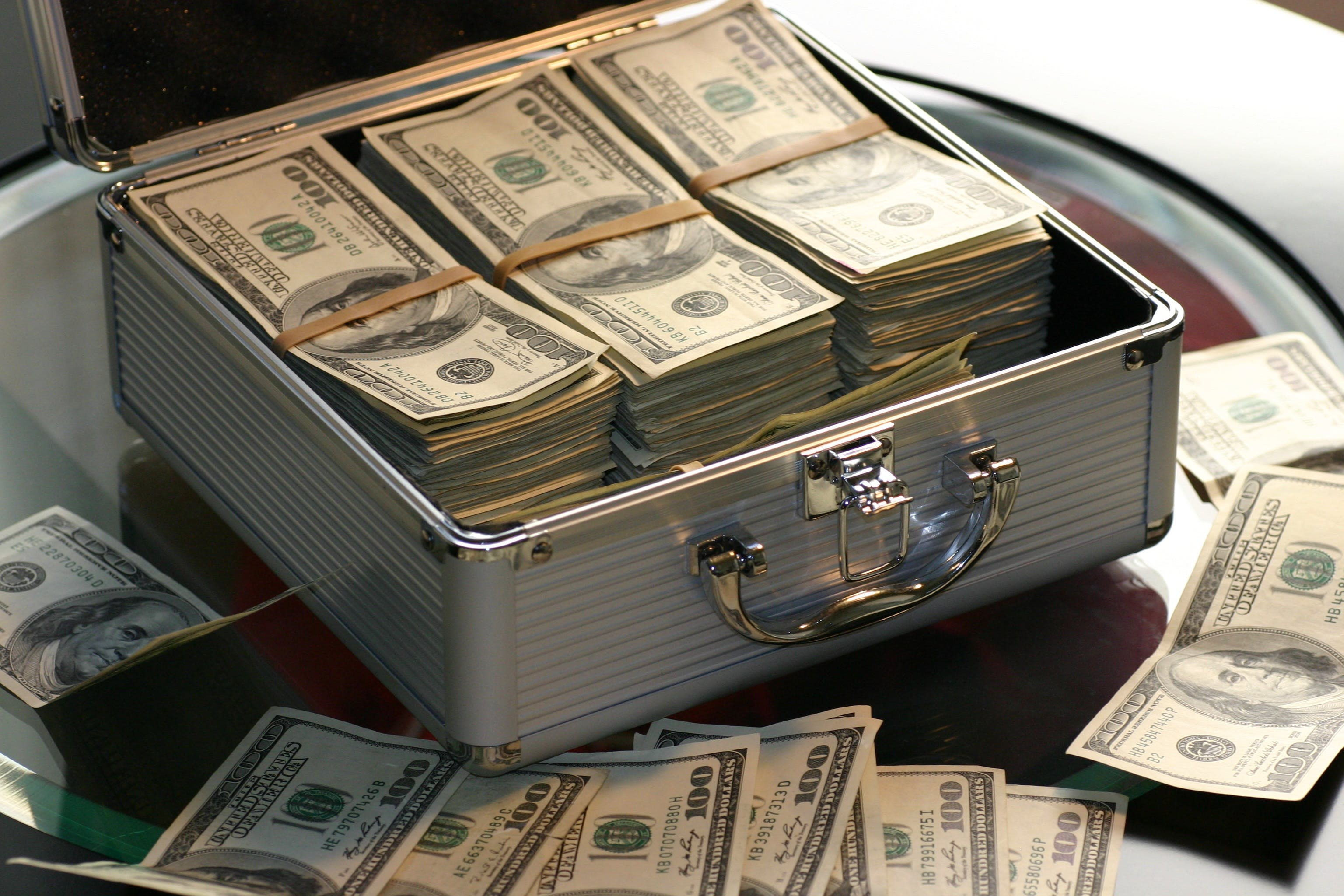aktentasche, bank, banknoten