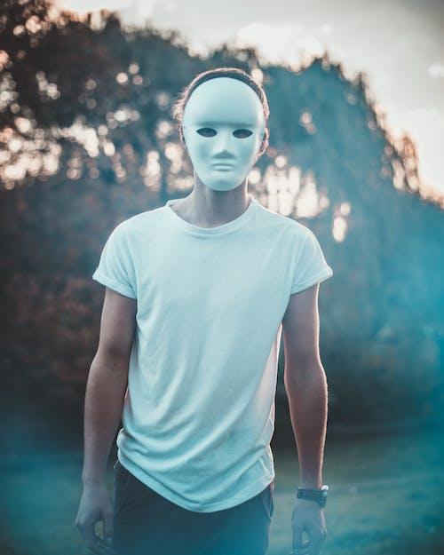 Kostenloses Stock Foto zu bokeh, fokus, gesichtsmaske, maske
