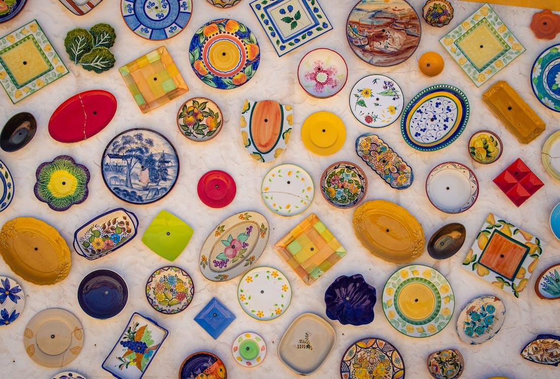 Assorted-color  of ceramic plates