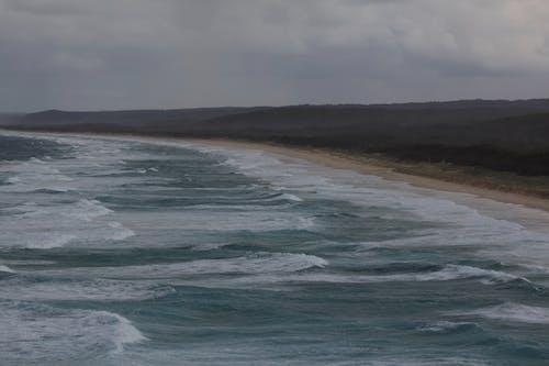 Gratis arkivbilde med hav, kystlinje