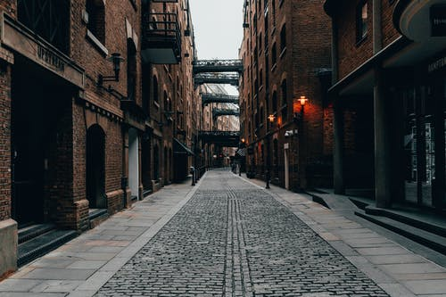 Gratis lagerfoto af brosten, bygninger, downtown, England