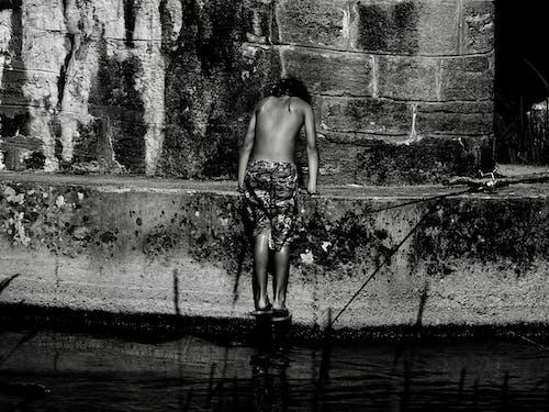Imagine de stoc gratuită din apă curgătoare, băiat