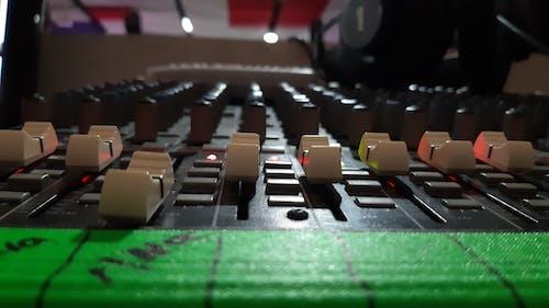 Fotos de stock gratuitas de ingeniería de sonido, mezclador de sonido