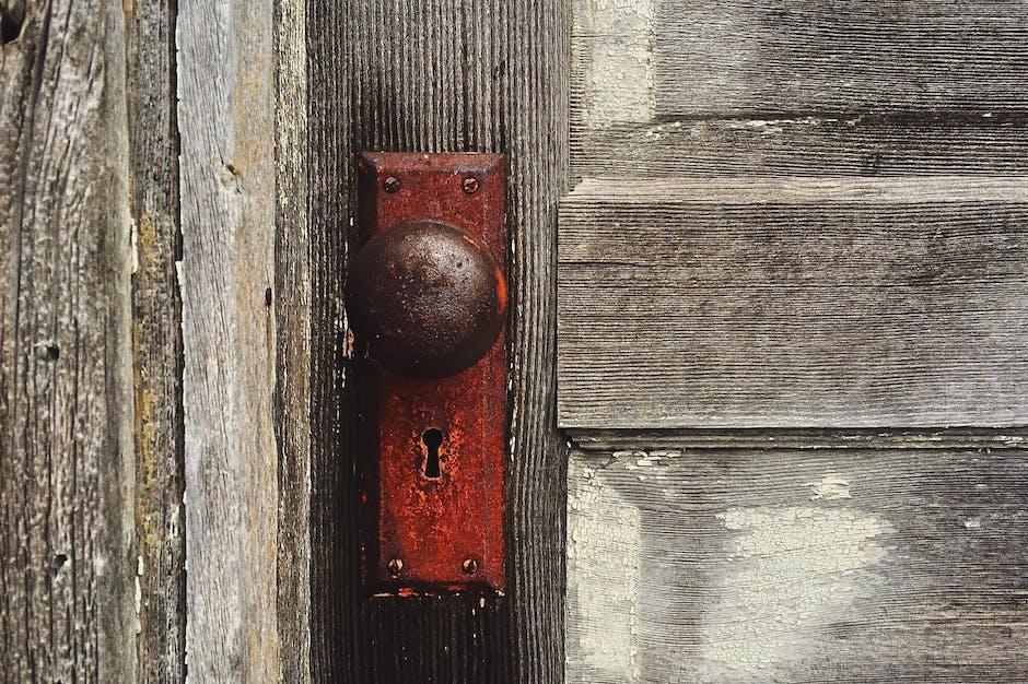 close-up, dirty, door