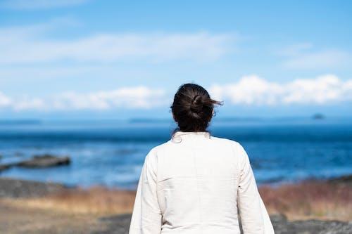 Photos gratuites de bleu, femme, îles, jaune