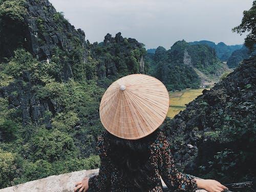 Безкоштовне стокове фото на тему «ninh binh, В'єтнам, гора, жінка»