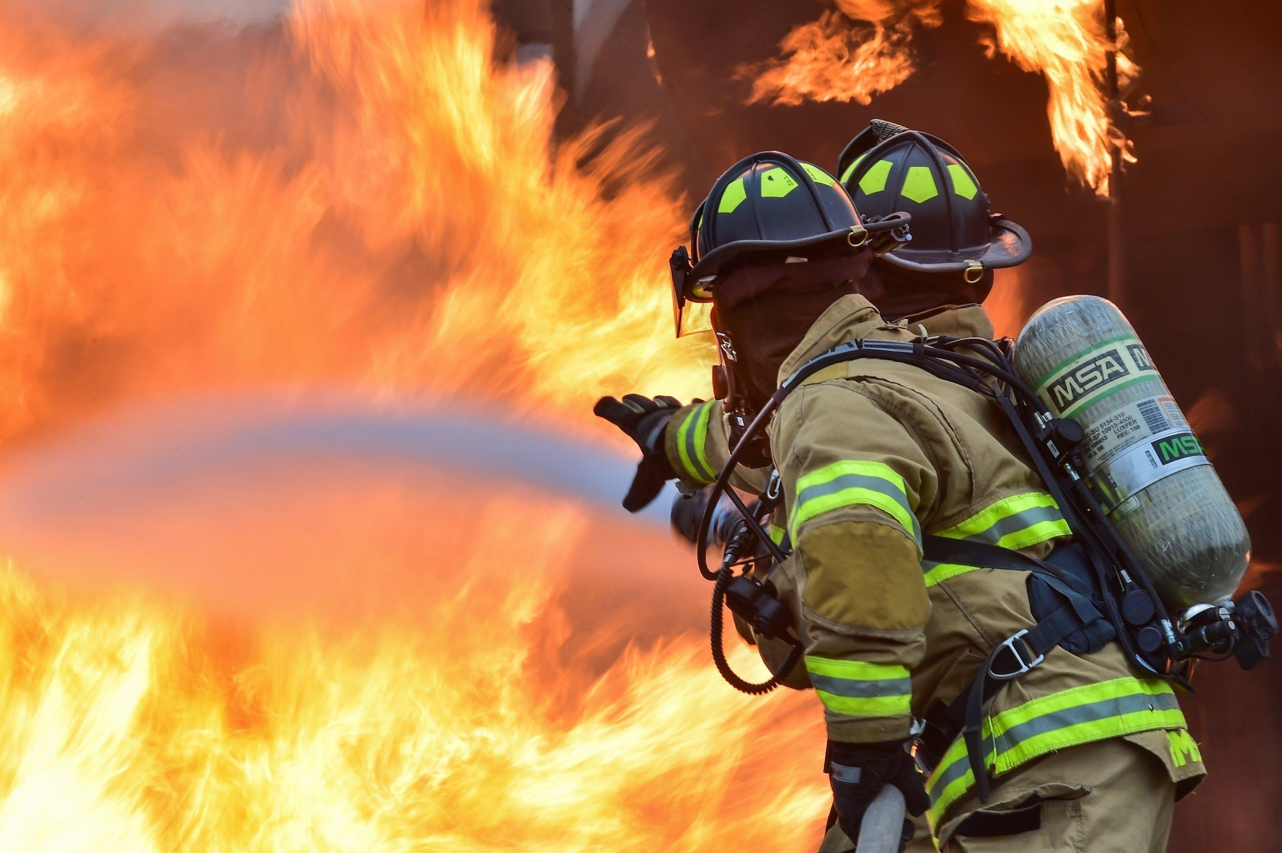 Gratis lagerfoto af arbejder, beskyttelse, brand, brandforsvar