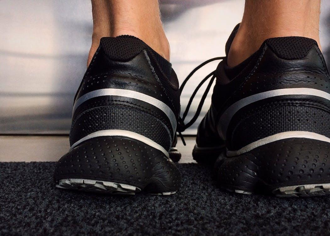 fußbekleidung, füße, sneakers