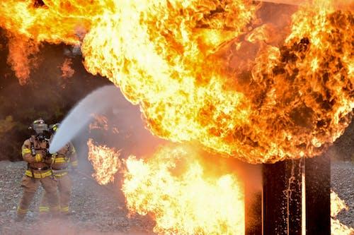 Gratis stockfoto met aangebrand, bescherming, brand, branden