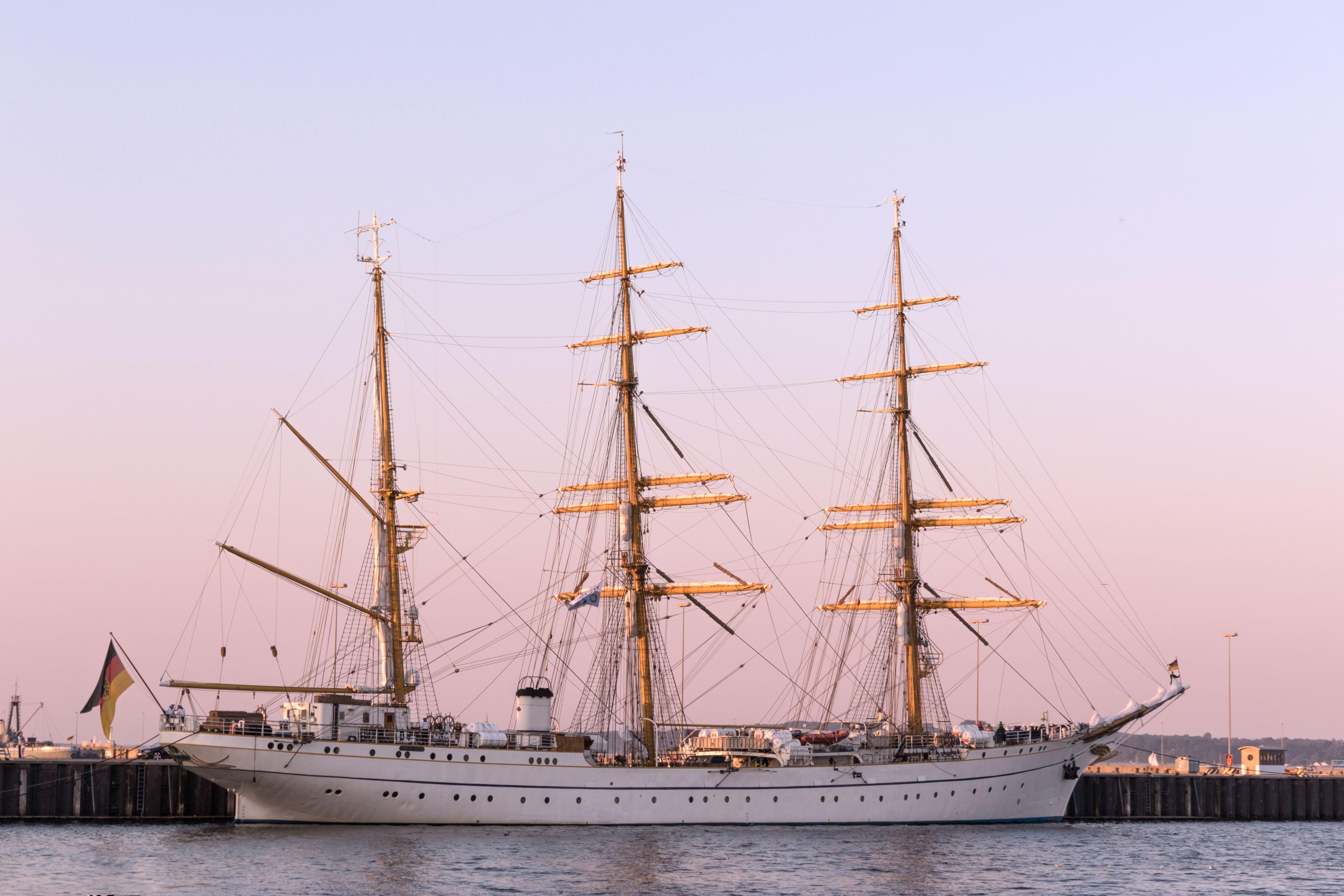 Almanya, deniz, deniz aracı, deniz kıyısı içeren Ücretsiz stok fotoğraf