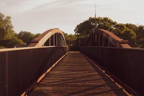Fotobanka sbezplatnými fotkami na tému mosty, oblúkový most, vonku