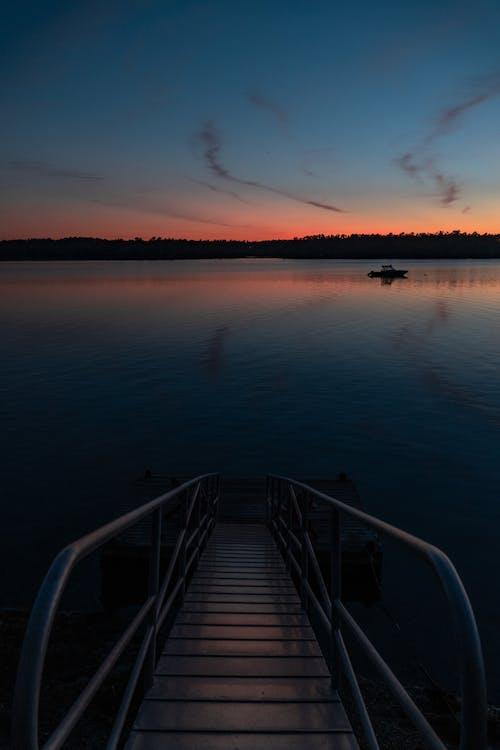 새벽, 저녁, 황금빛 골목의 무료 스톡 사진