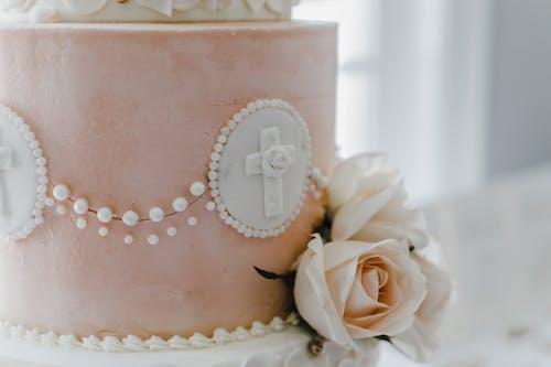 Ilmainen kuvapankkikuva tunnisteilla häät, kakku, kukat, pinkki