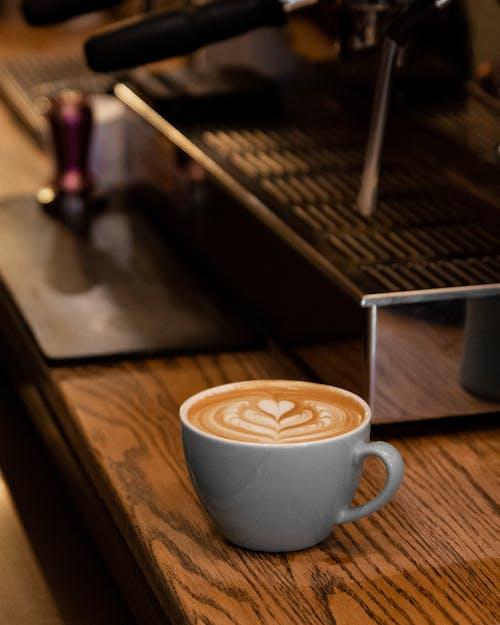 Foto d'estoc gratuïta de art latte, cafè, cafeteria, llet