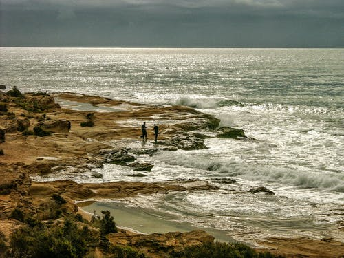 Безкоштовне стокове фото на тему «берег моря, вода, камені, краєвид»