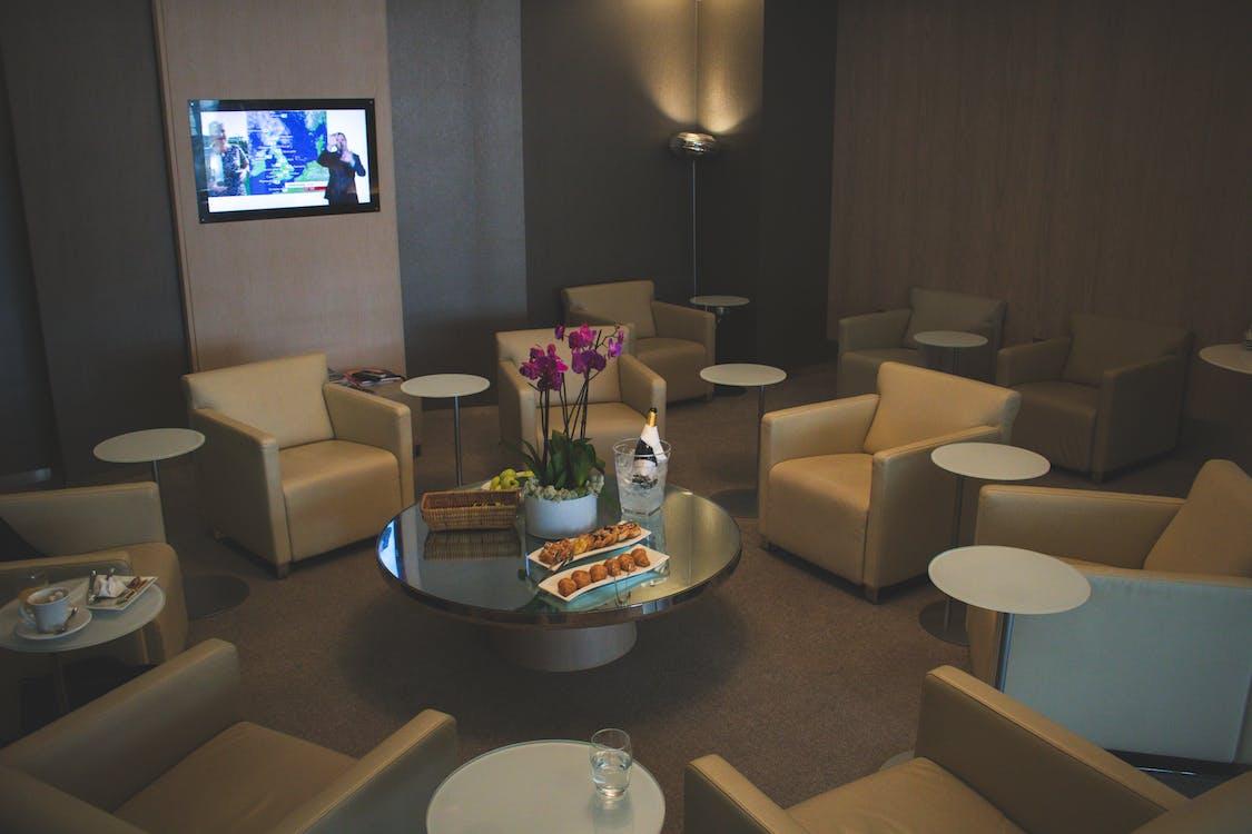 White Sofa Chairs Near Tv