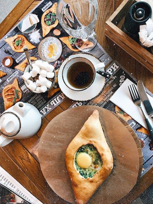 Kostnadsfri bild av aptitretande, bakverk, bord, bröd