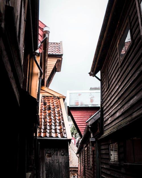 Immagine gratuita di architettura, casa di legno, case, cittadina