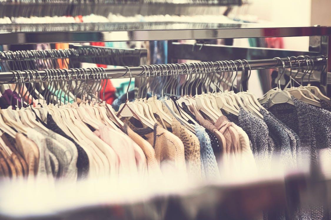 бутик, вешалка для одежды, вешалки