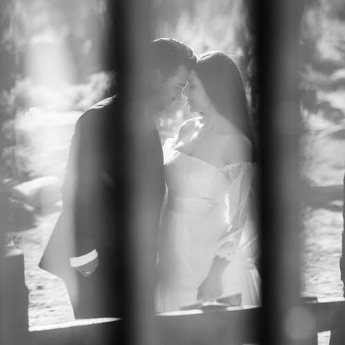 Безкоштовне стокове фото на тему «весілля, весільні квіти, Весільний торт»