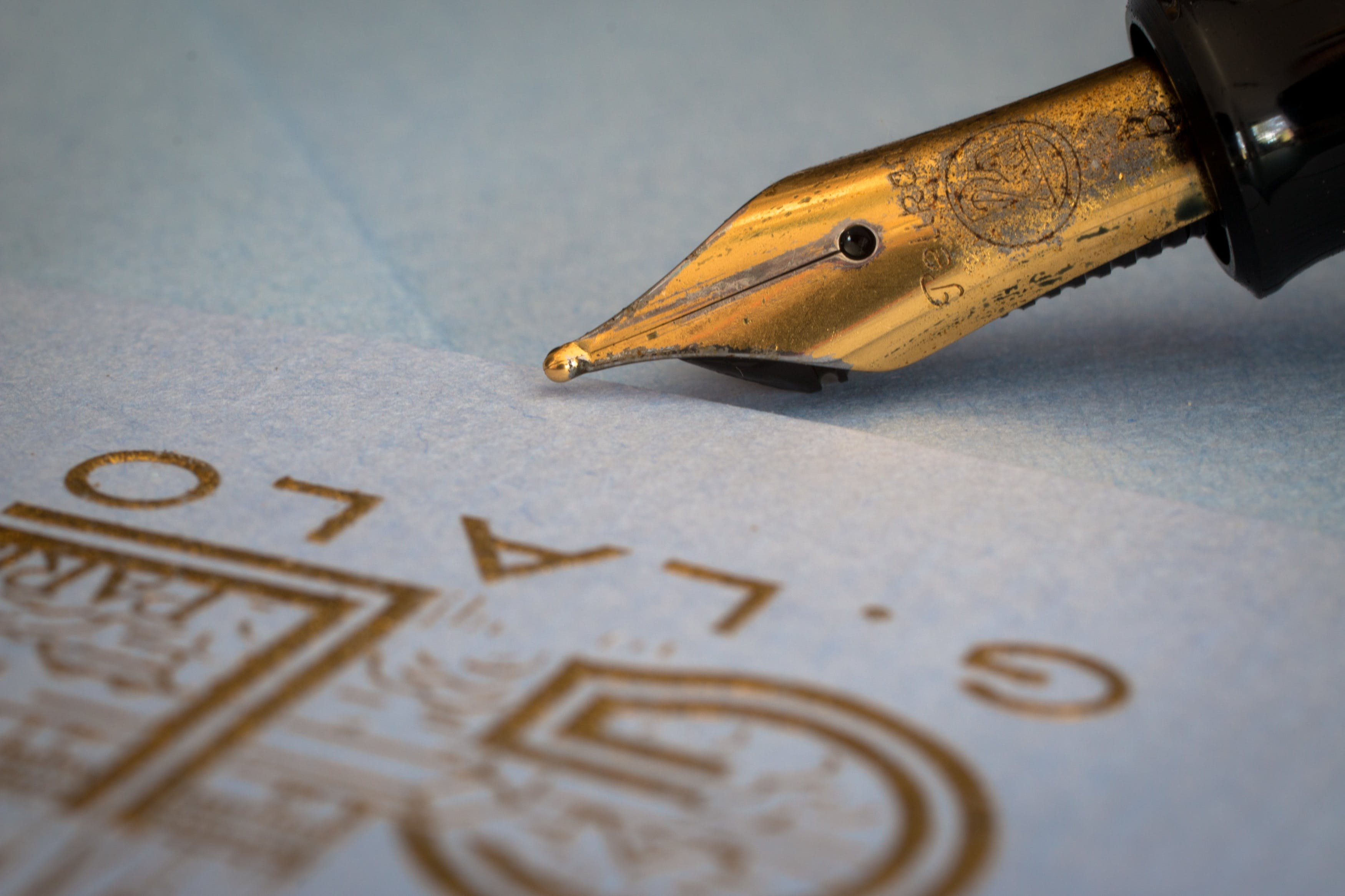 Free stock photo of filler, fountain pen, fountain pens, gold