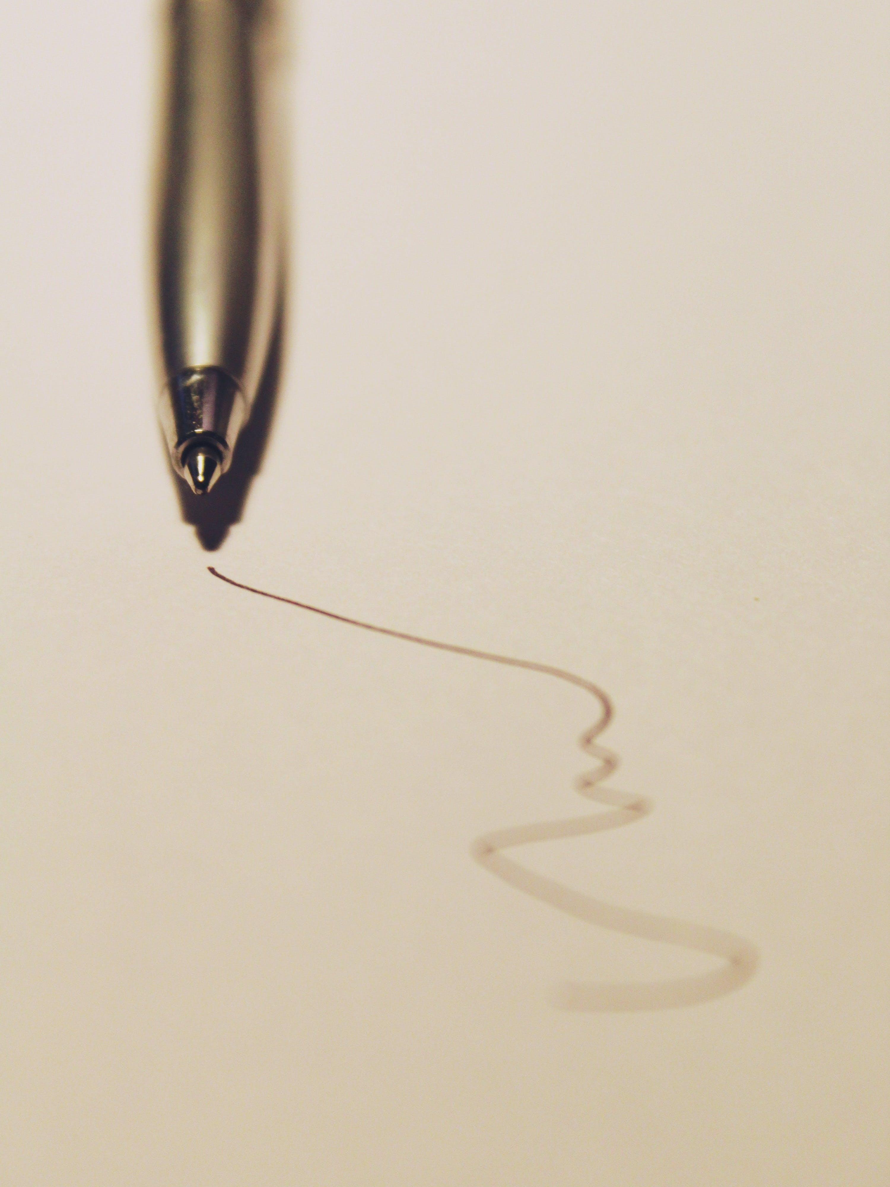 depth of field, paper, pen